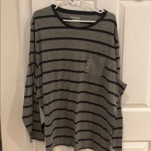 Brand new old navy long sleeve tee